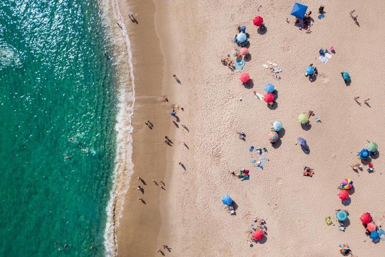 Aerocamaras-Playas-vigiladas-por-drones-qué-pasa-con-la-privacidad